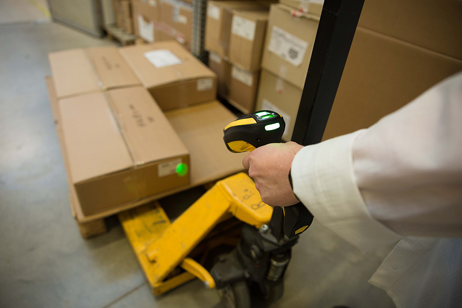 Powerscan AR Warehouse with greenspot 2